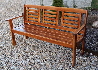 lavička do záhrady